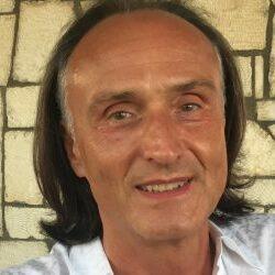 Prof. Dr. Dr. h. c. Frank Leymann
